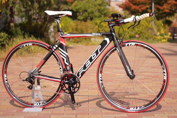 FELT フェルト S22 トライアスロン/TTバイク SRAM アルミ