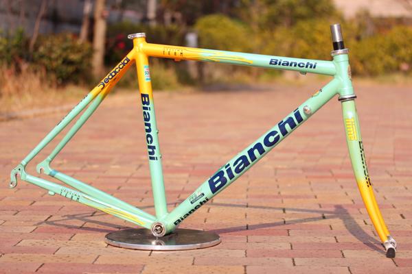 Bianchi(ビアンキ)MEGAPRO XL(メガプロXL)ツールドフランスレプリカ フレームセット